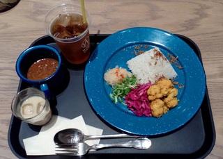 2デリ マンゴーキーマカレーとウーロン茶 WIRED SPICE 名古屋JRゲートタワー12F